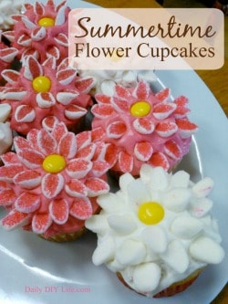 Summertime Flower Cupcakes - An adorable design for any occasion